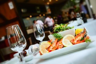 seafood platter, seafood restaurants